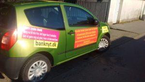 KAn det virkelig passe at der kører biler rundt i Danmark som denne - Og dermed forsøger at råbe Jyske bank koncernen op, uden nogle i banken vil tale med kunde om dette her.