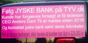 KLIK PÅ BILLED og kom på TYV.dk - Se den sjove side. - Sådan bedrager jyske bank deres kunder, og bliver ved, og ved og ved. - AKTIONÆRE ER FULDT UD TILFREDS - MEN DET ER KUNDE IKKE. - Kunde har fundet nok Danmarks bedste advokat, - Der skal fremlægge sagen i retten som groft svig. - Og på dem måde stoppe det forløbet 10 år. Lange bedrageri -